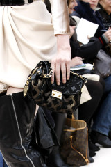 2009-fall-louis-vuitton-handbag-collection-10.jpg