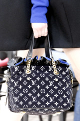 2009-fall-louis-vuitton-handbag-collection-2.jpg