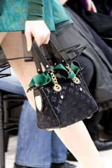 2009-fall-louis-vuitton-handbag-collection-6.jpg