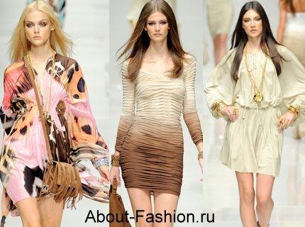 Много красивых летних платьев в этом сезоне предложили Blumarine.