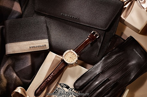 Burberry bags 2013  -012