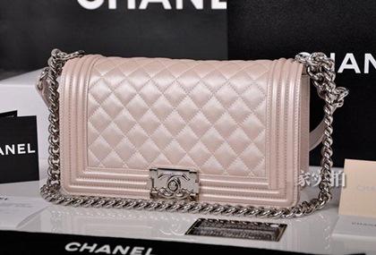 Chanel boy -модная сумка сезона -010