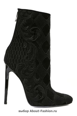 Модная обувь весна-лето 2013 Balmain -006