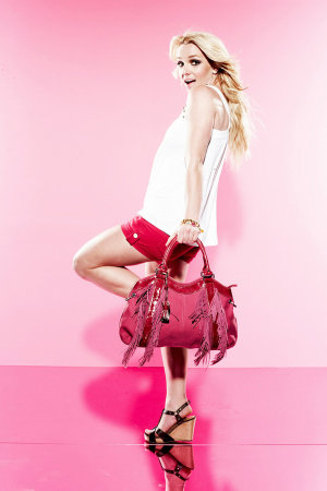 britney-spears-candies-ad-campaign-untouched-3