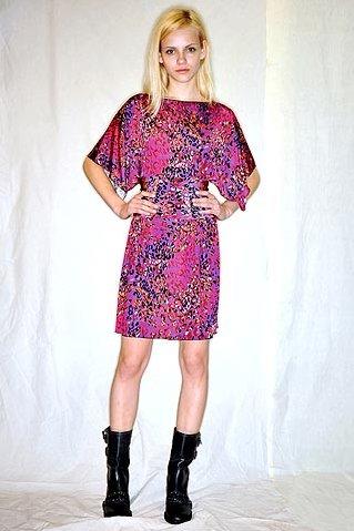 Модні сукні літо 2010 від anna sui